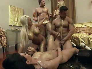 Порно самая жесткая групповуха