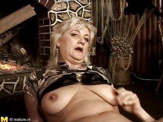 Порно зрелых женщин по вебкамере