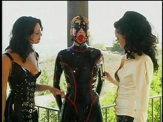Смотреть порно лесбиянки госпожа и рабыня