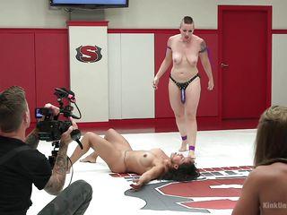 транс госпожа порно фото