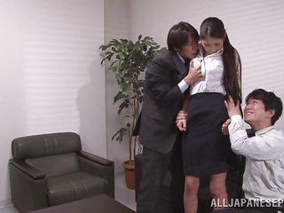 Секс в офисе скрытое видео