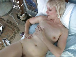 Белые зрелые волосатые женщины с неграми