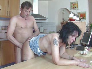 Немецкое жесткое порно видео