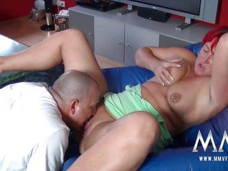 Немецкое порно со зрелой онлайн