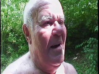 порно минет от бабушки