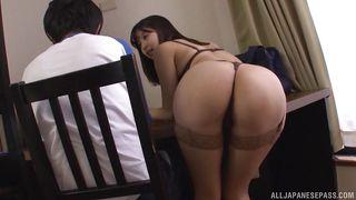 порно азиатки в душе
