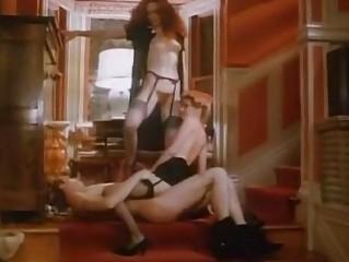 Порно видео писающие дамы