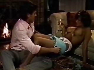 Смотреть порно фильм грудастые домохозяйки 2