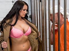Порно кончают в карликов