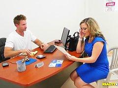 Супружеская измена скрытая камера