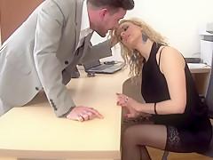 Порно худая секретарша