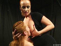 Русские зрелые проститутки порно онлайн