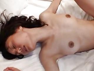 Зрелую азиатку ебут