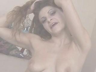 Мокрая порно секс игрушки