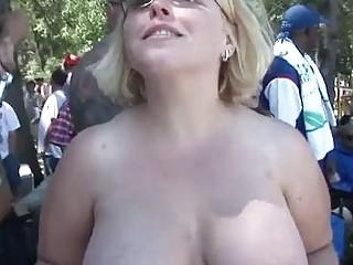 Публичное порно толпой онлайн