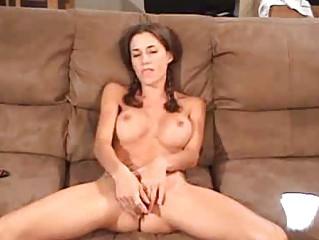 Секс с большими надувными игрушками